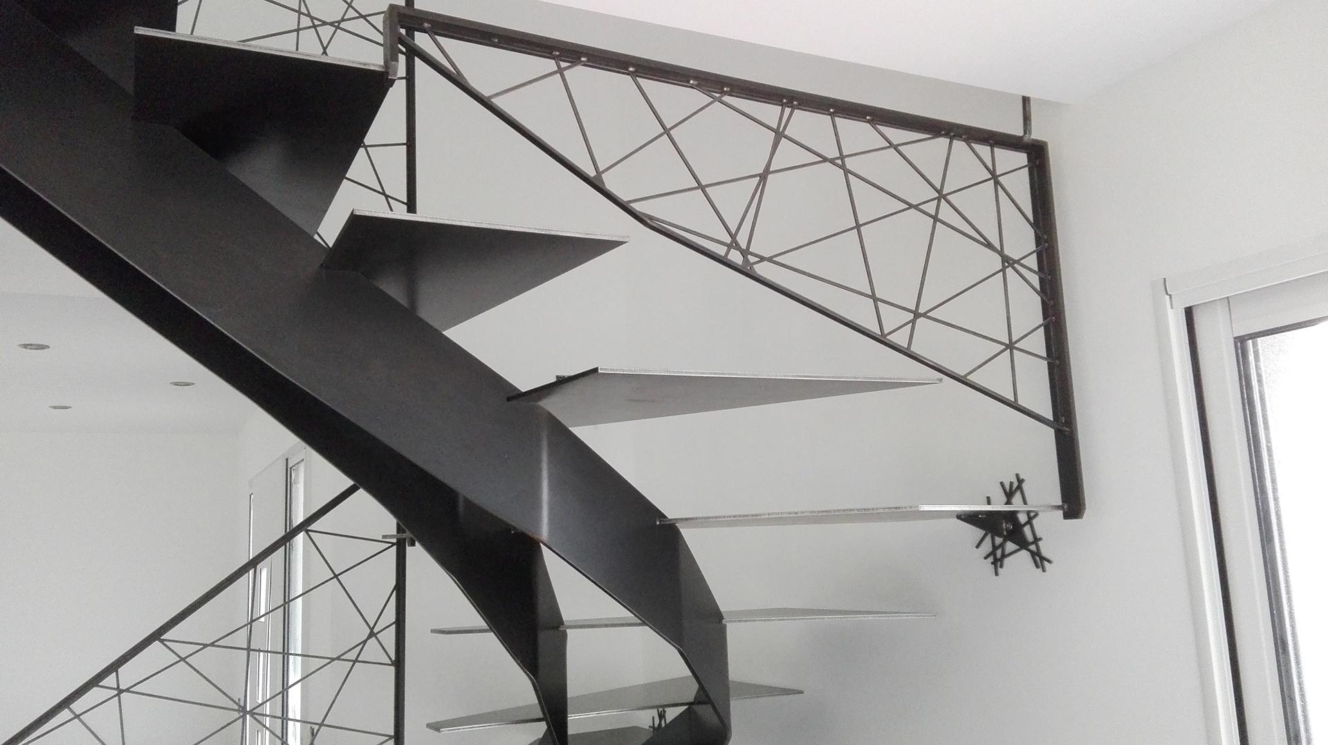 sigma facette steel contemporain. Black Bedroom Furniture Sets. Home Design Ideas