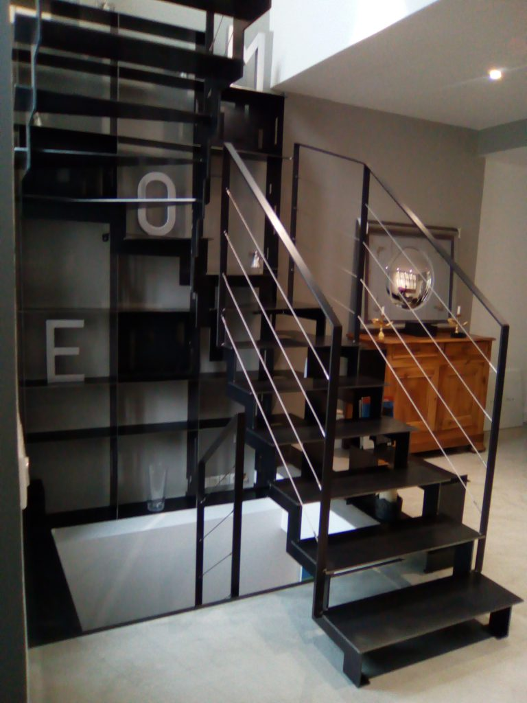 escalier metal cable inox angouleme 1 steel contemporain. Black Bedroom Furniture Sets. Home Design Ideas