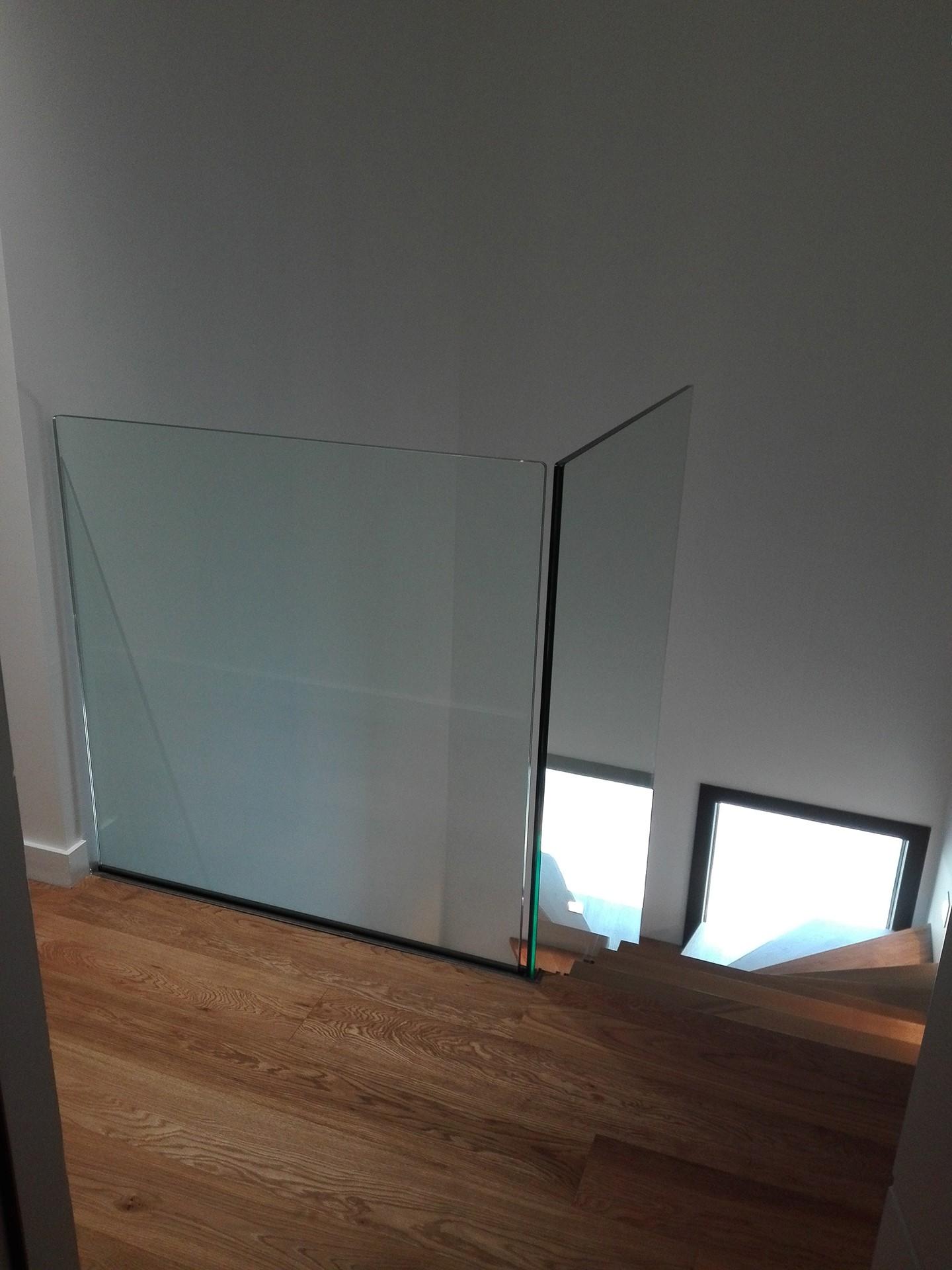 Garde-corps en verre trempé, Pornic, steel contemporain