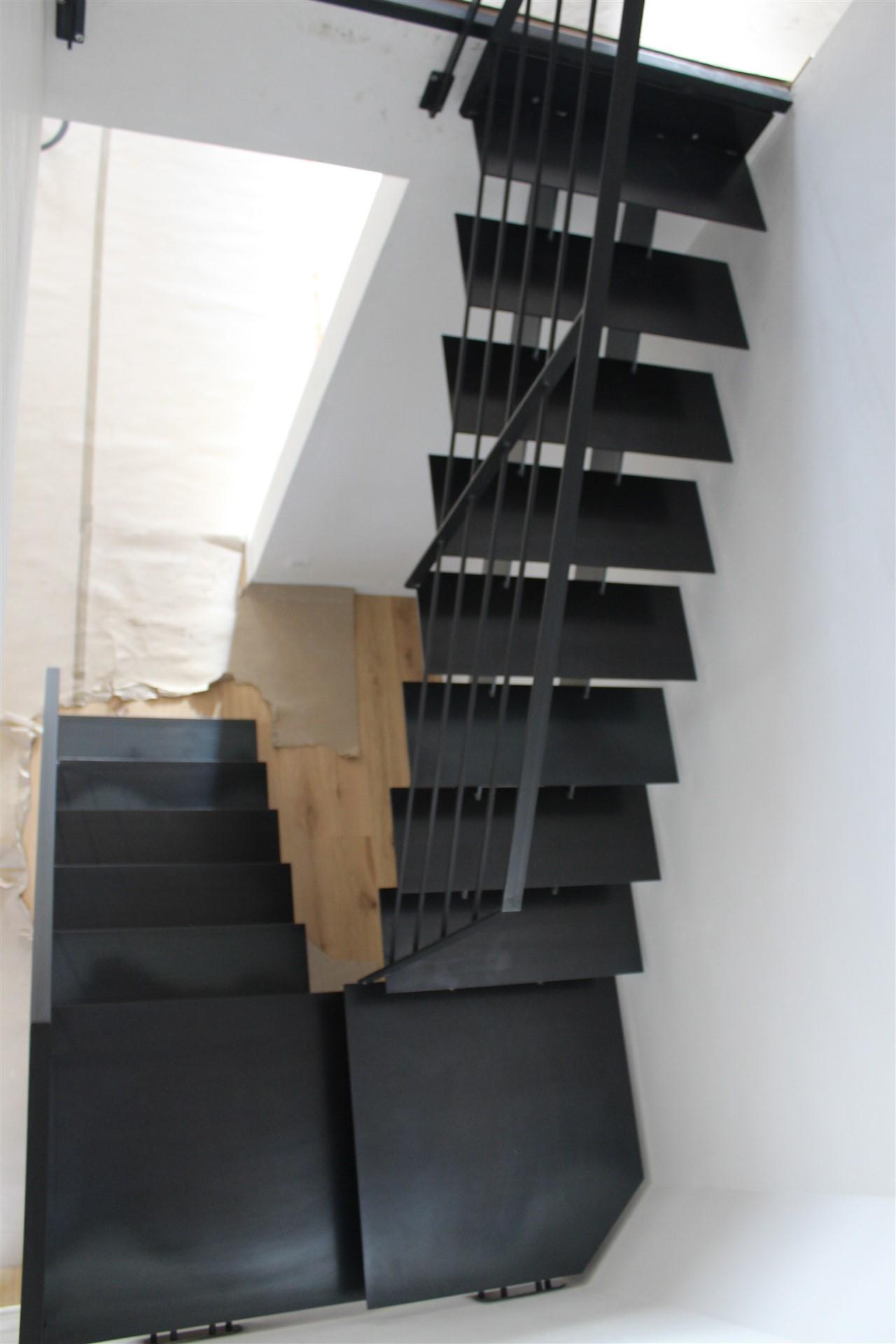 Escalier et garde-corps en acier