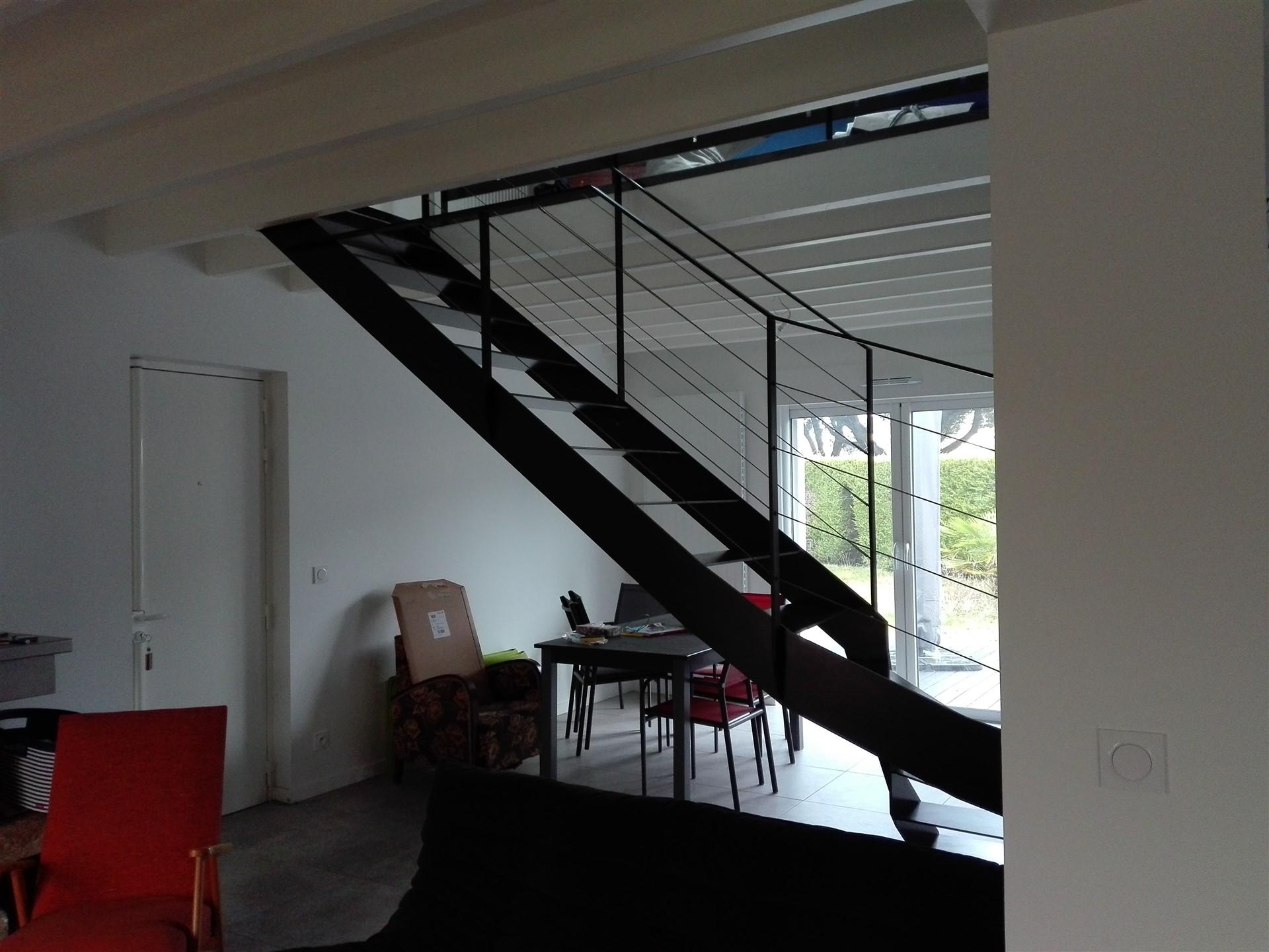 Escalier quart tournant en métal, Le Croisic, steel contemporain