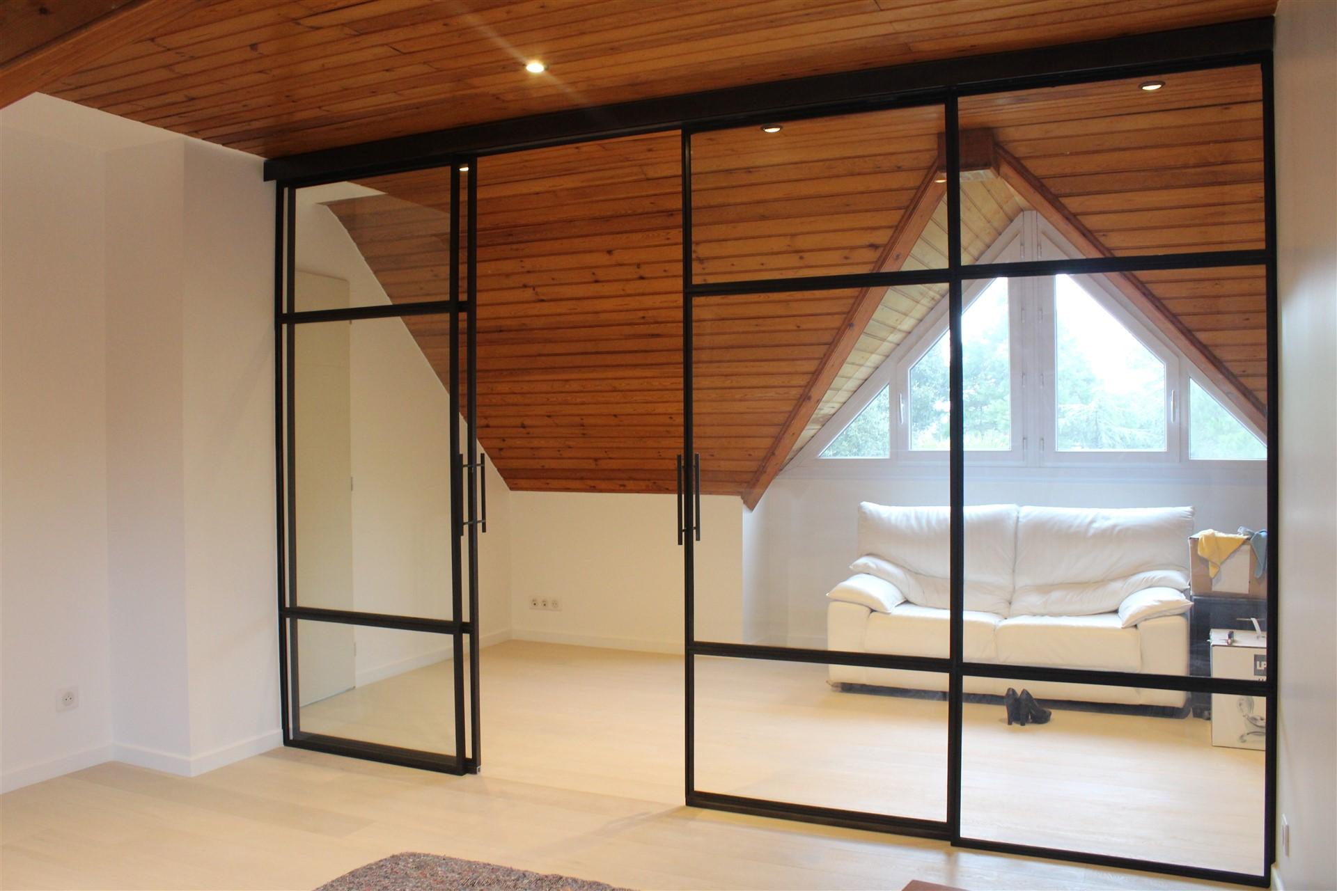 porte verri re fixe et coulissante steel contemporain. Black Bedroom Furniture Sets. Home Design Ideas