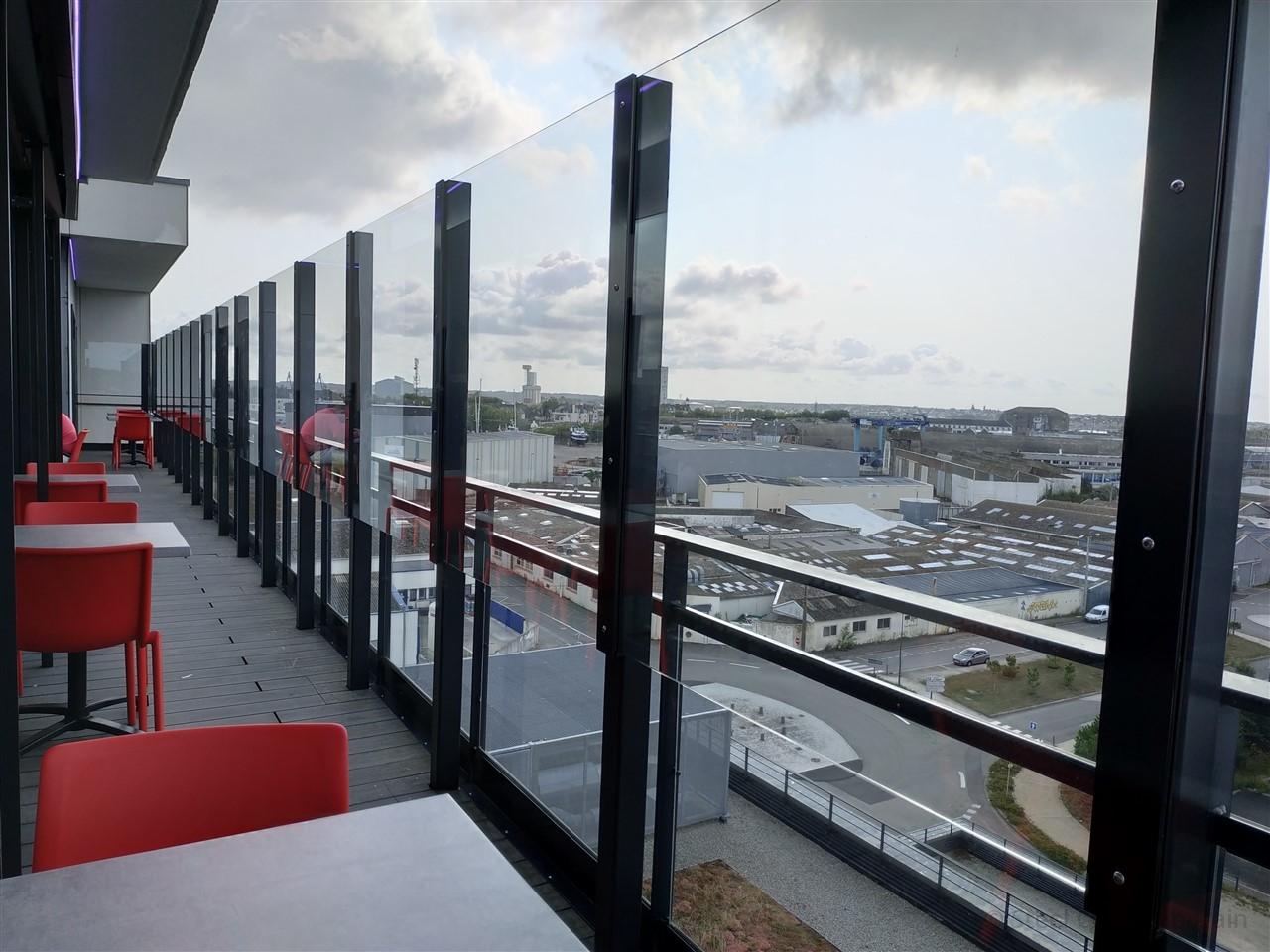 Le Vertige brise vent, Lorient
