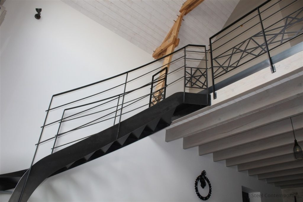 Escalier quart tournant acier design, Loire-Atlantique