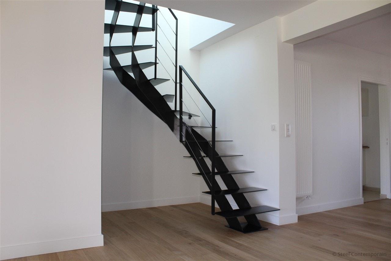 Escalier demi tournant acier design 2019